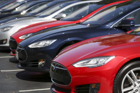 СМИ: Tesla отказалась от дополнительных средств безопасности для своего автопилота из-за дополнительных расходов и низкой эффективности