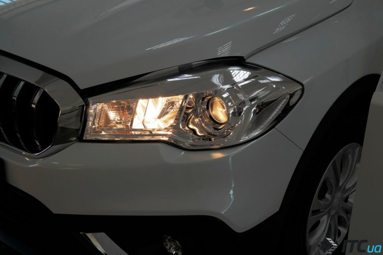 Suzuki SX4: чем проще – тем лучше (плюс сравнение моторов и комплектаций) - ITC.ua