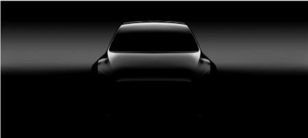 Илон Маск заявил, что кроссовер Tesla Model Y станет производственной революцией и пообещал отчитываться о безопасности функции Autopilot