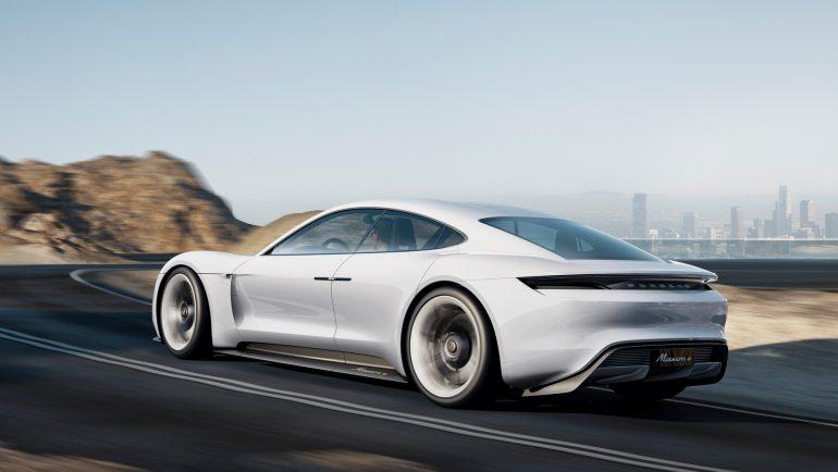 Официально: Серийная версия электромобиля Porsche Mission E будет называться Porsche Taycan, что переводится как «жизнерадостный жеребец»