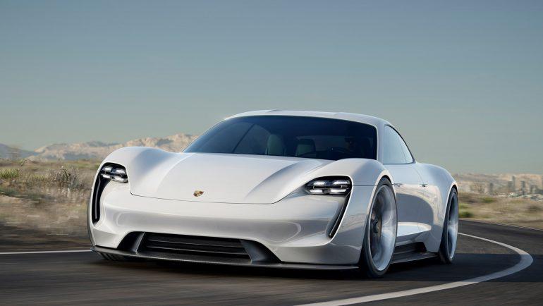 Инсайд: Топовую версию электромобиля Porsche Taycan назовут «Taycan Turbo», ее стоимость составит от $130 тыс. и выше