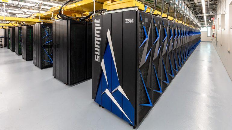 «Подвинься, Китай!»: США – снова лидер в гонке суперкомпьютеров
