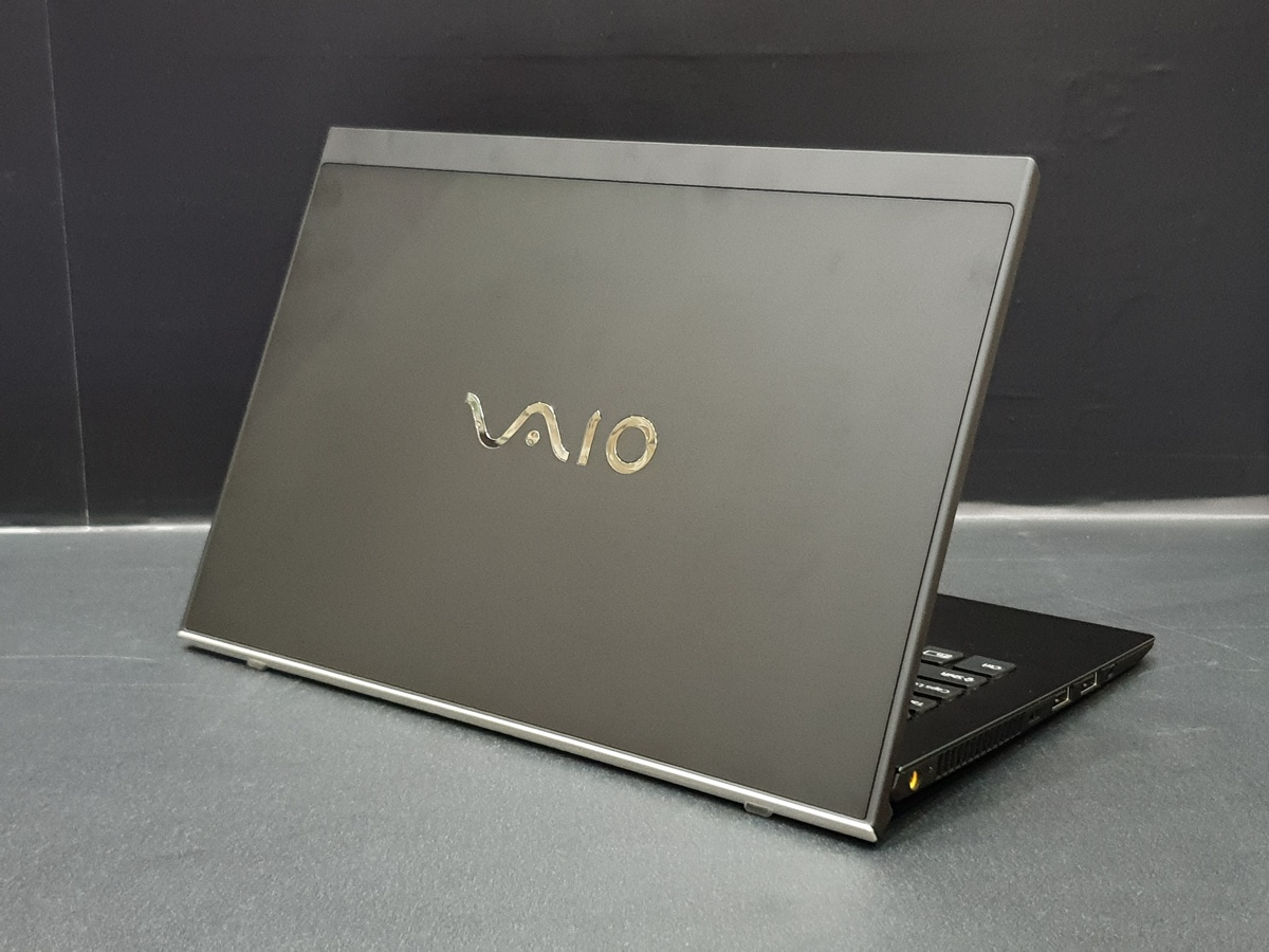 VAIO возвращается: первый взгляд на ноутбуки VAIO S11 и S13