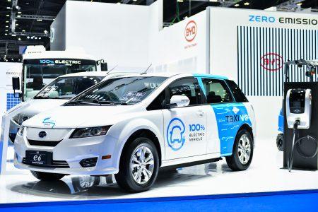 Мировой лидер по производству электромобилей BYD рассматривает возможность разместить в Украине производство батарей для электротранспорта