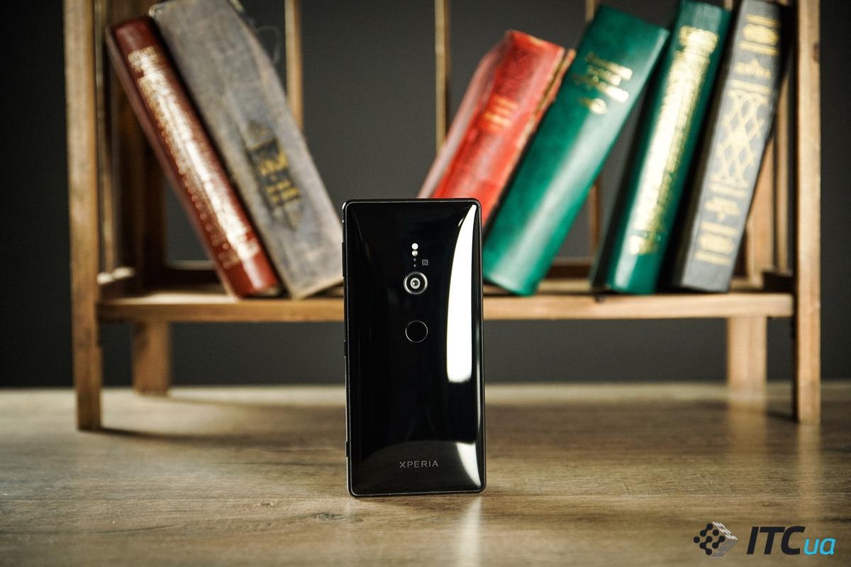 Sony Xperia XZ3 засветился на первых живых снимках: новая камера, но п
