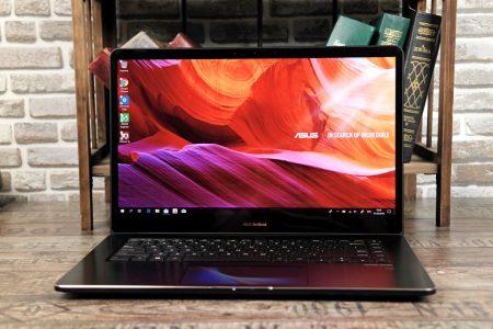 ASUS ZenBook Pro 15 (UX580) — дисплей вместо тачпада