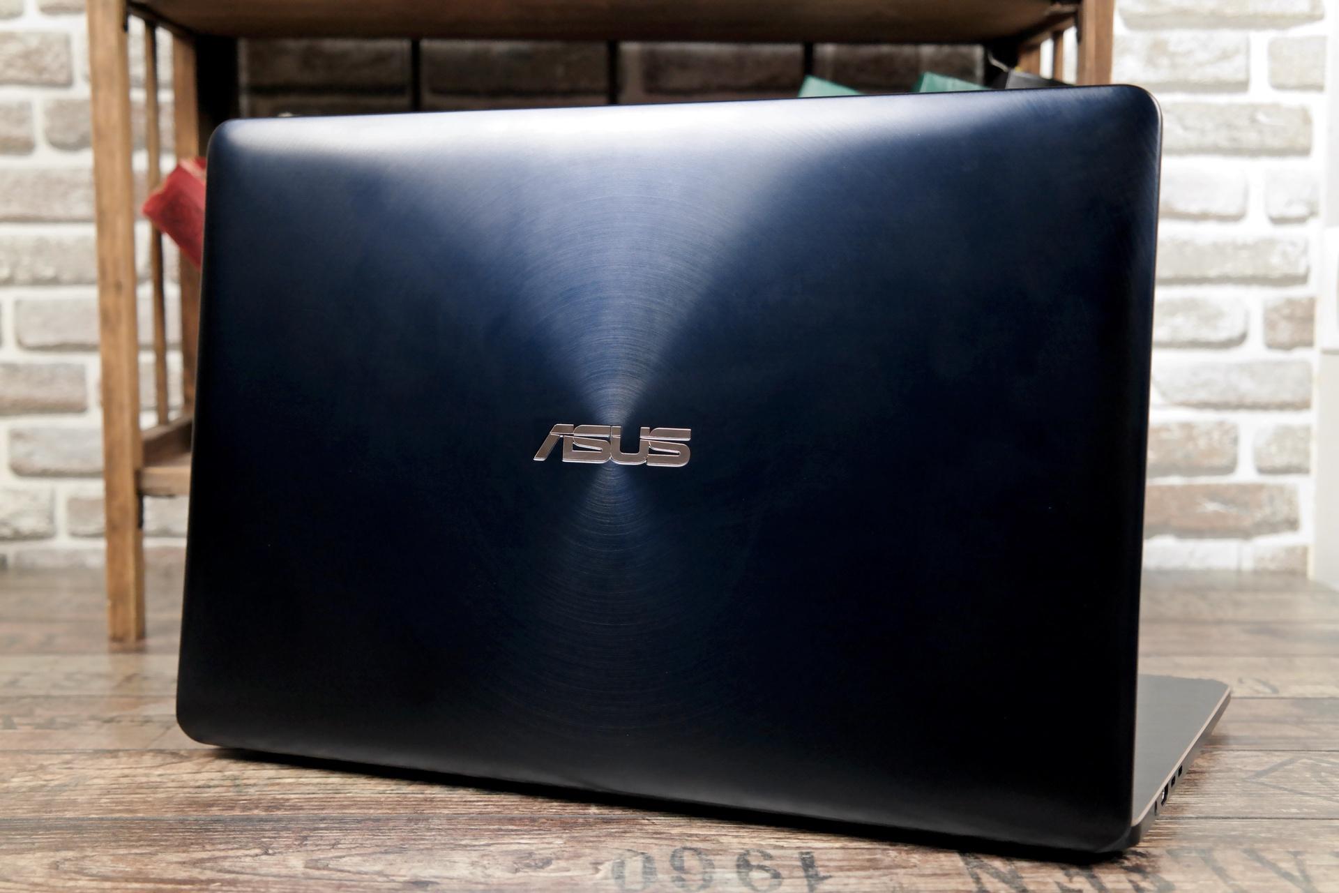 Крышка дисплея ZenBook Pro 15