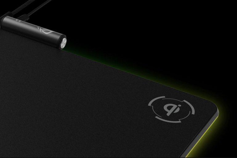 ASUS оснастила коврик для мыши ROG Balteus подсветкой и панелью для беспроводной зарядки смартфонов