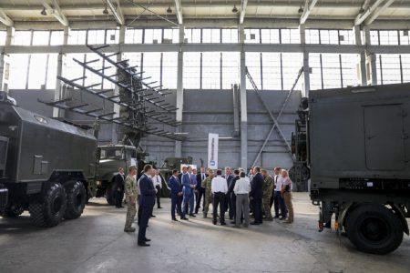 «Укроборонпром» представил новейшие модели систем радиолокации и радиоэлектронной борьбы