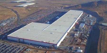 Гигафабрика Tesla в Украине: жители Тернополя предлагают отдать Маску здание текстильной фабрики «Текстерно»