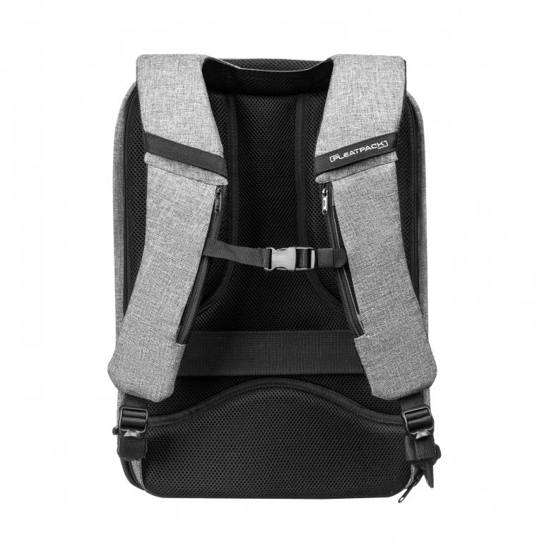 Украинский стартап успешно вышел на Kickstarter с проектом городского рюкзака Pleatpack, увеличивающегося в объёме на 450%