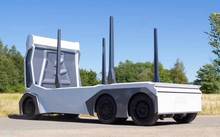 Ўведский стартап Einride представил беспилотный электролесовоз T-Log с грузоподъемностью 16 тонн и батареей на 300 к¬тч