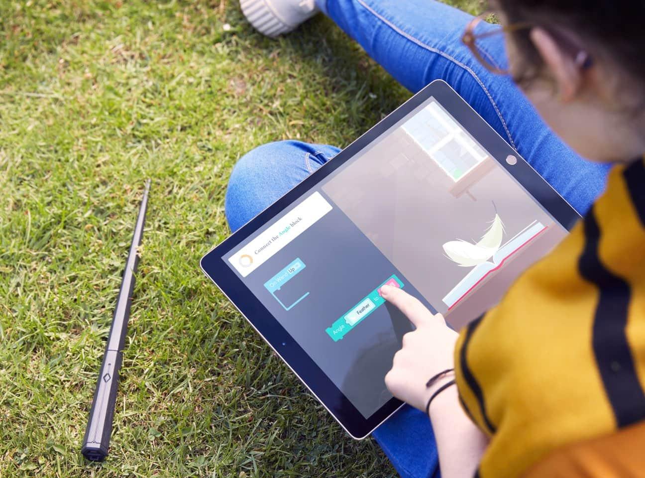 Kano выпустит детский набор для программирования по мотивам Гарри Поттера (волшебная палочка прилагается) - ITC.ua