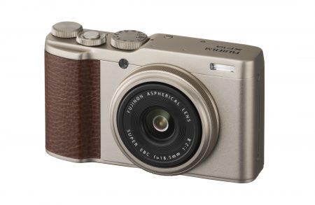 Fujifilm анонсировала компактную камеру XF10 с сенсором APS-C и объективом с фиксированным фокусным расстоянием