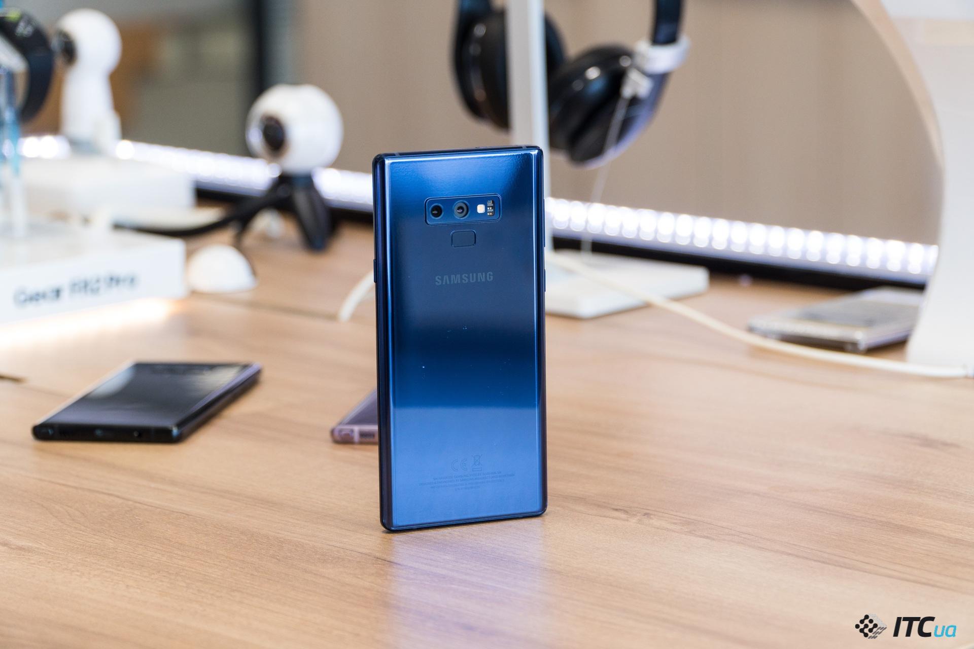 Первый взгляд на смартфон Samsung Galaxy Note9