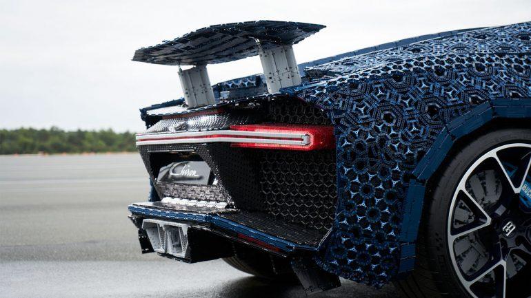 Бугатти собрали из млн. деталей Lego— наней можно ездить