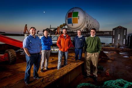 Microsoft разместила камеры возле подводного ЦОД, установленного в рамках Project Natick