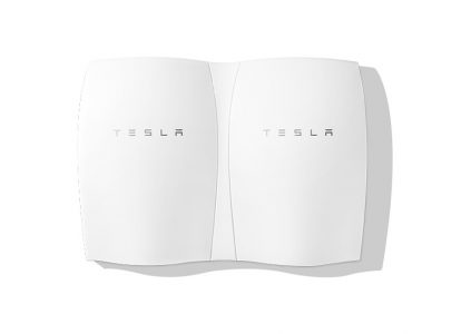 Домашние батареи Tesla Powerwall получили специальный режим накопления энергии в случае приближения шторма