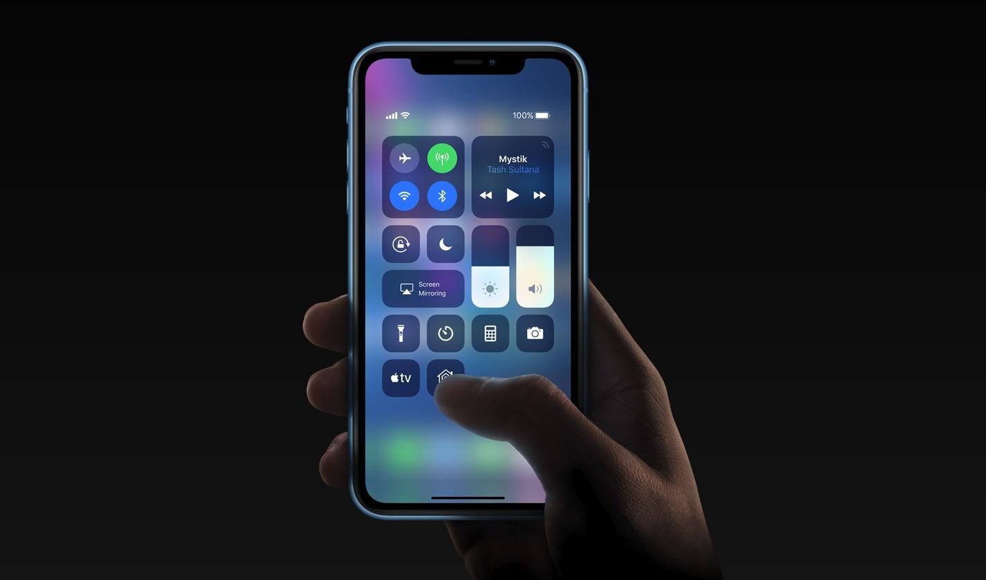 Дисплей iPhone XR