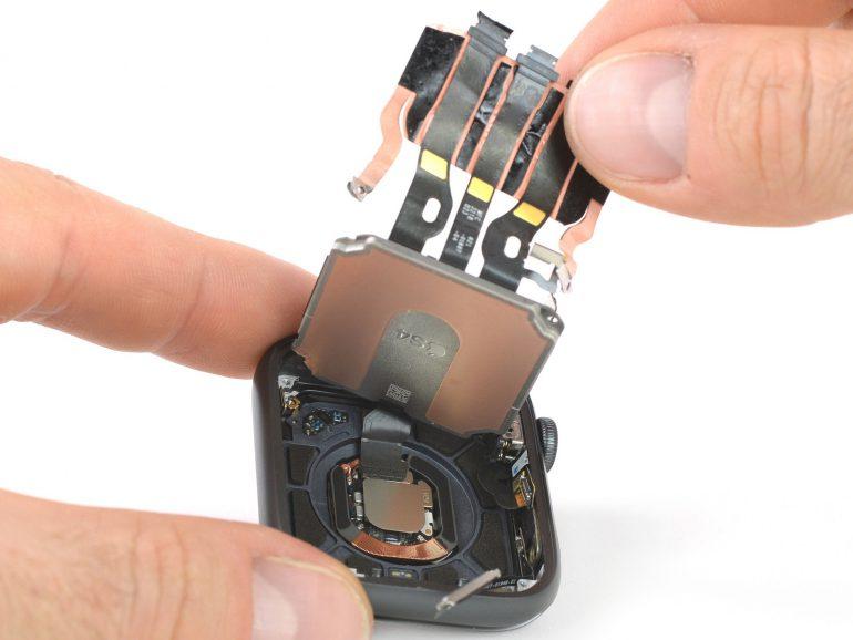 iFixit: внутренняя компоновка Apple Watch Series 4 претерпела существенные изменения
