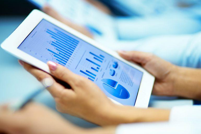 «ПриватБанк» запустил оплату Apple Pay в мобильных приложениях и пообещал начать онлайн-продажи ОВГЗ физлицам до конца года