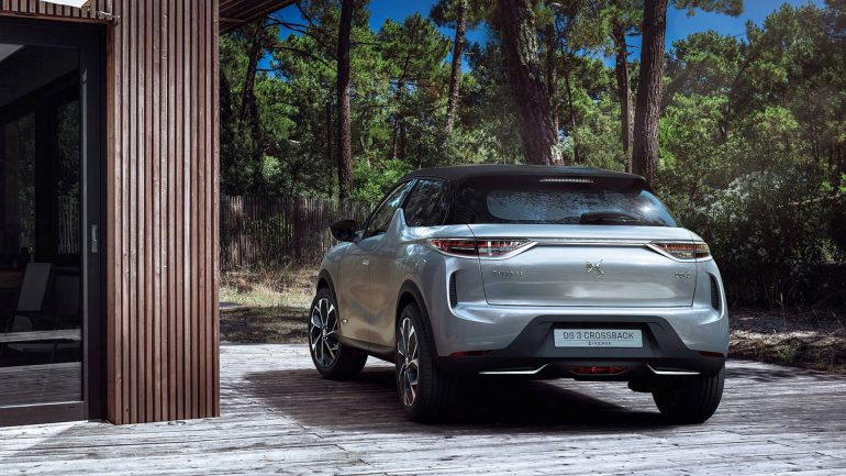 Ёлектрокроссовер DS 3 Crossback E-Tense с двигателем 100 к¬т, батареей 50 к¬тч и запасом хода 300 км (WLTP) поступит в продажу во второй половине 2019 года