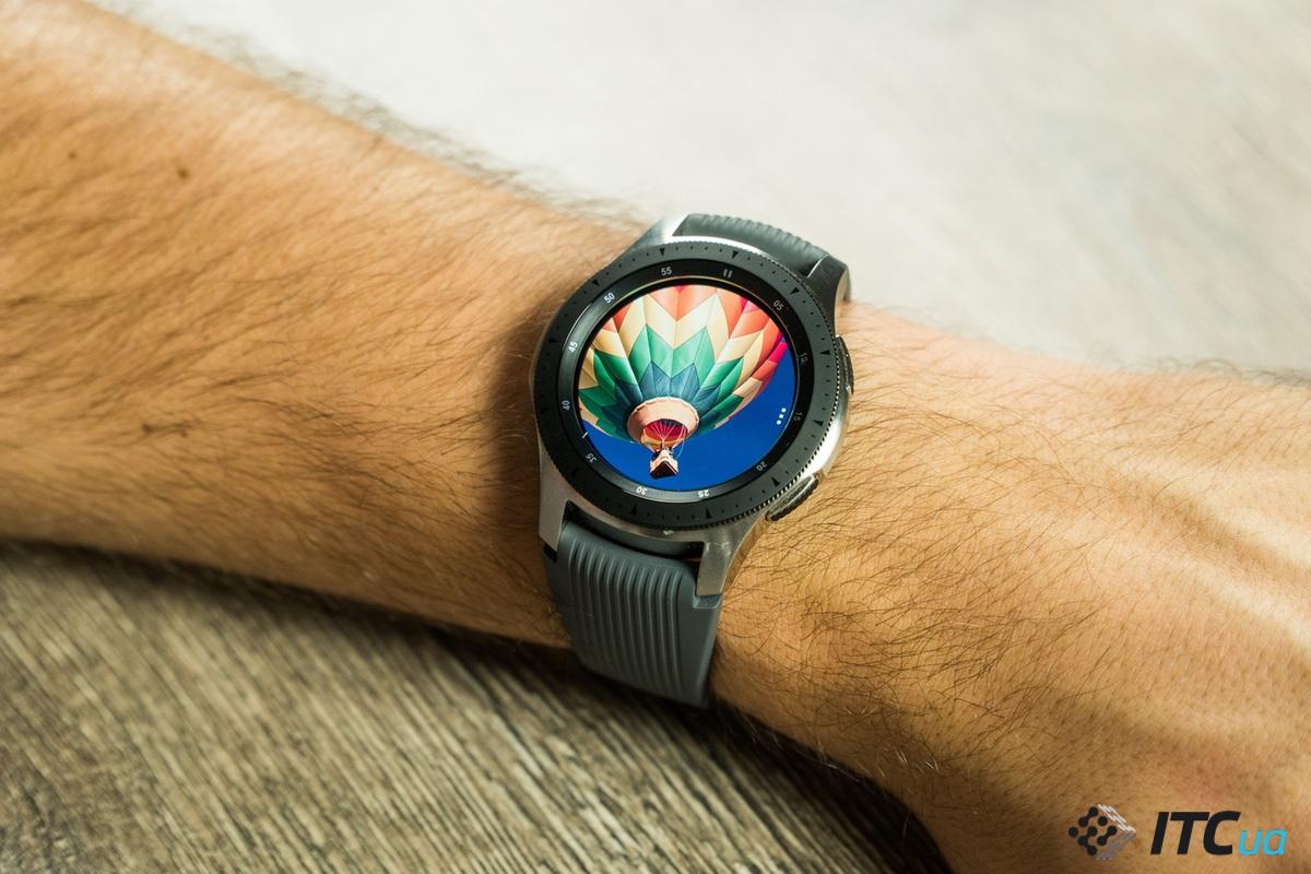 экран Galaxy Watch