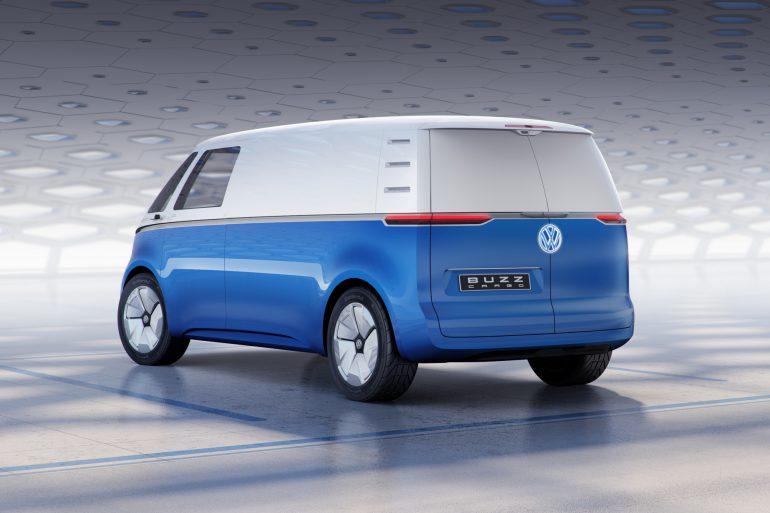 Volkswagen I.D. BUZZ CARGO - грузовая версия электрического минивэна I.D. BUZZ с мощностью 150 кВт, батареей на 48-111 кВтч и запасом хода 330-550 км (WLTP)