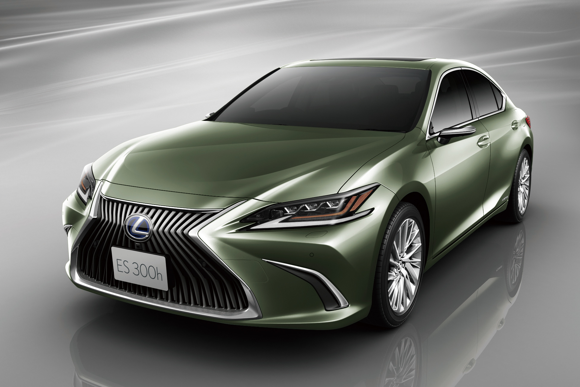 Первым серийным автомобилем с виртуальными наружными зеркалами станет Lexus ES но продаваться он будет только в Японии