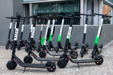 Uber совместно с подразделением Jump собирается разработать собственную модель электросамоката для сервиса проката