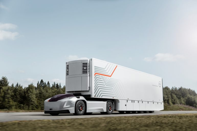 Volvo Trucks представила автономный безкабинный электрогрузовик Vera для регулярных поездок на небольшие расстояния