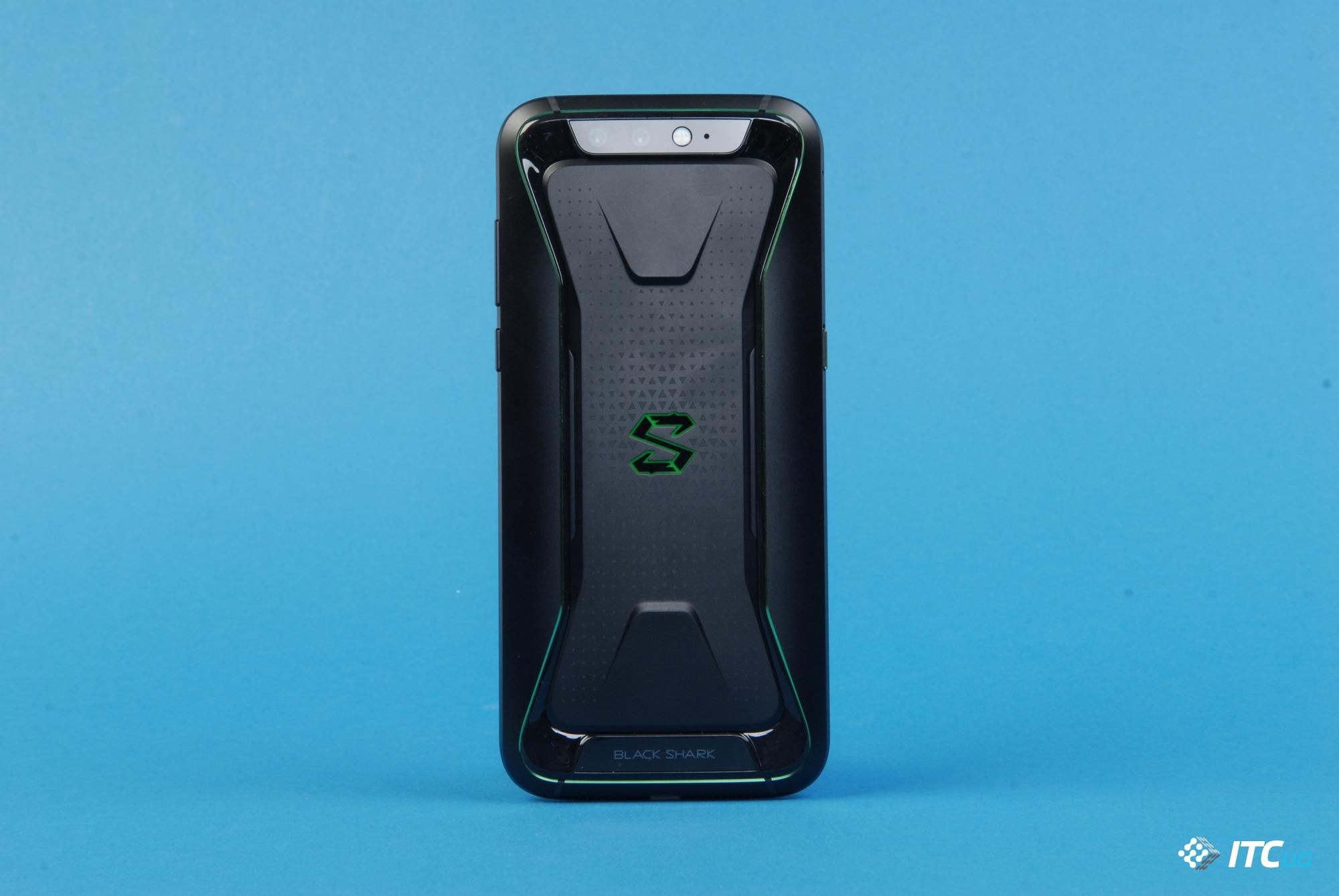 Xiaomi Black Shark 2 сосветящимся лого навидео?