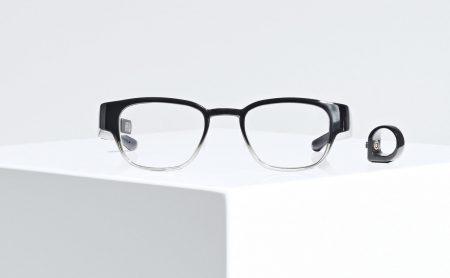 Focals — умные очки, которые управляются кольцом-джойстиком, надетым на палец владельца