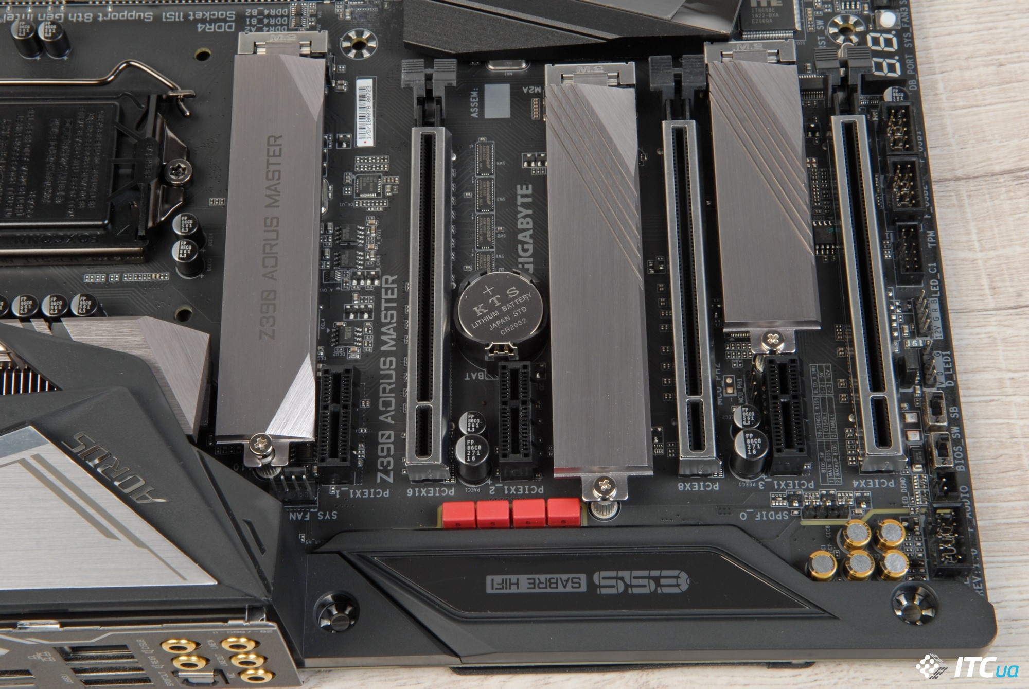 Review GIGABYTE Z390 AORUS MASTER: the work of the master is