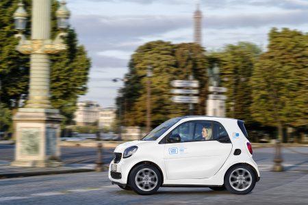Компания car2go запустила в Париже каршеринговый сервис на основе 400 электромобилей Smart EQ fortwo