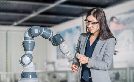 Швейцарцы инвестируют $150 млн в китайскую фабрику, где роботы будут изготавливать роботов