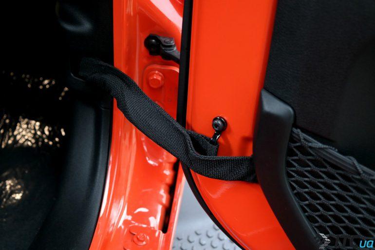 Jeep Wrangler: стиль плюс проходимость