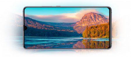 Huawei также представила огромный игровой смартфон Mate 20X за 900 евро и кожаный Mate 20 RS Porsche Design стоимостью от 1695 евро