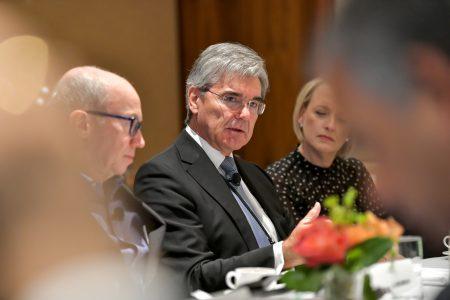 Глава Siemens обеспокоен тем, что интернет может разделить мир на победителей и неудачников