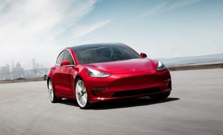 Экспансия в Европу: Tesla готовит европейскую версию Model 3 с разъёмом CCS для зарядки