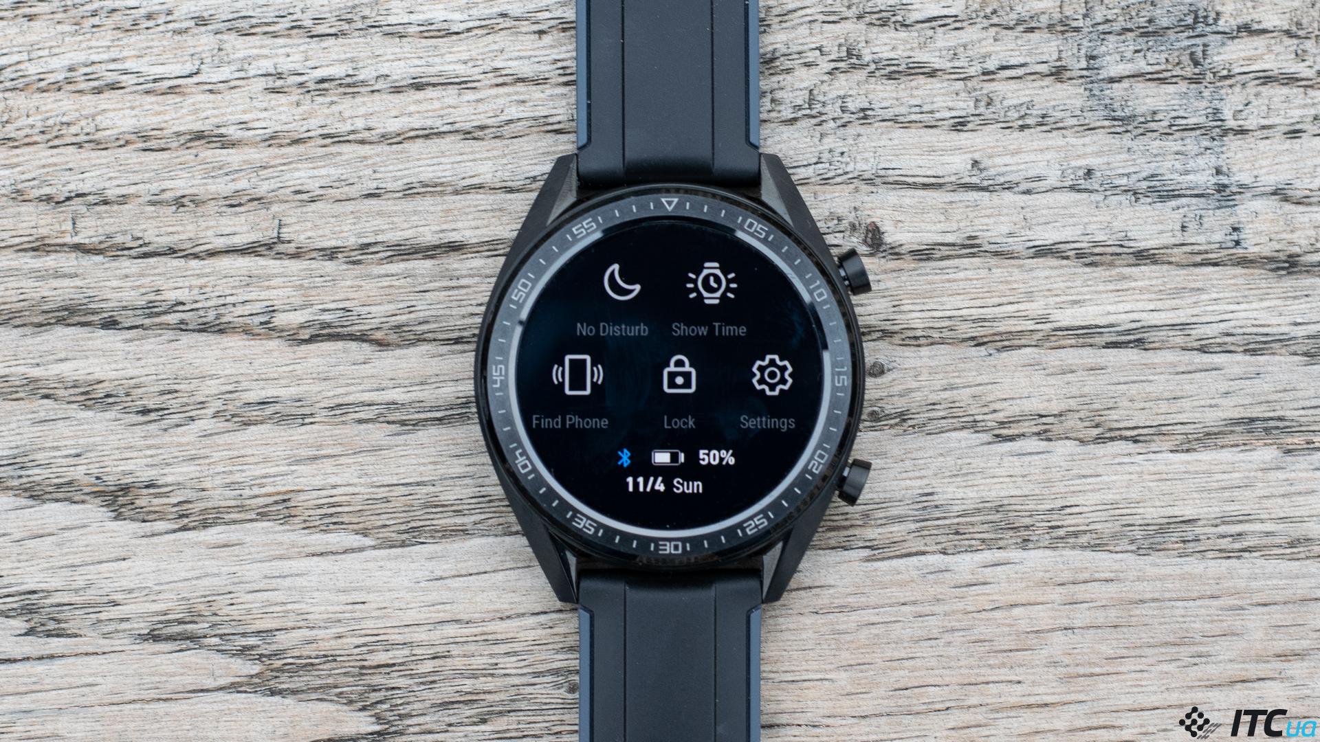 9360720be0bc Для всех вышеперечисленных возможностей часы оснащены неплохим набором  датчиков. В активе у часов есть  барометр, альтиметр, гироскоп,  акселерометр и ...