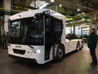 Корпорация «Богдан» представила первый украинский электрогрузовик ERCV27 с батареей на 220 кВтч и запасом хода 220 км
