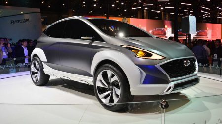 В Бразилии представили электрокроссовер Hyundai Saga EV с двигателем мощностью 150 кВт, батареей на 64 кВтч и запасом хода 470 км