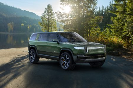 The creators of the electric pickup Rivian R1T presented electric Rivian R1S with the same characteristics and price tag of $ 72,500