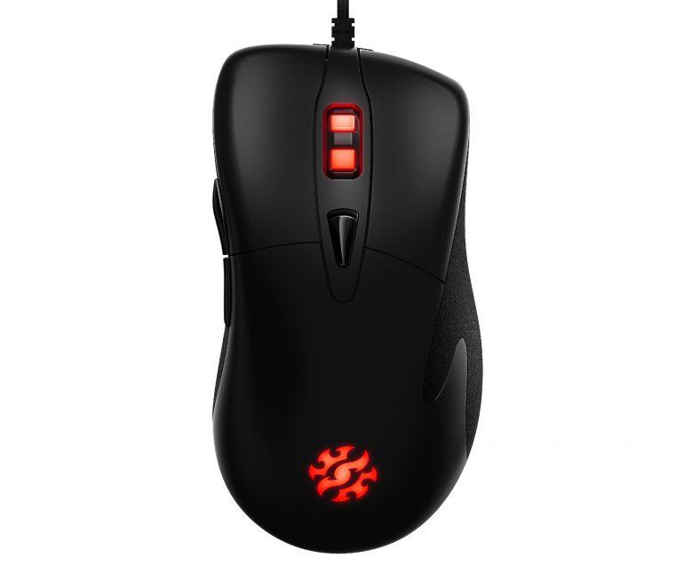 ADATA представила геймерскую клавиатуру XPG INFAREX K10 с RGB-подсветкой и мышь INFAREX M20 с переключателями OMRON