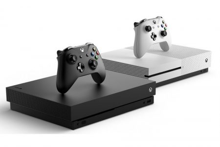 По слухам, в 2019 году Microsoft собирается выпустить дешевую консоль Xbox One без привода для оптических дисков