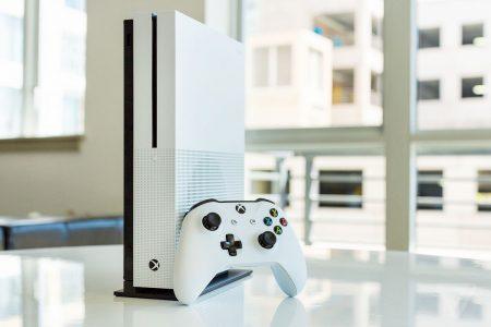 Microsoft запустит поддержку клавиатур и мышей на Xbox One уже 14 ноября, первыми ее смогут опробовать игроки Fortnite