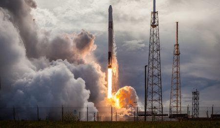SpaceX решила отложить проект модернизации второй ступени ракеты-носителя Falcon 9 для ее повторного использования