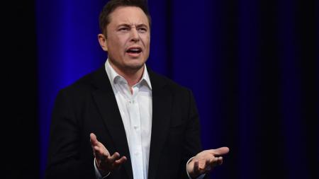 Илон Маск: «Apple больше не поражает нас»