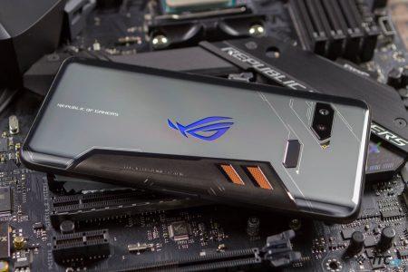 Глава ASUS уходит в отставку, компания пересмотрит свою стратегию на рынке смартфонов и сосредоточится на игровых устройствах